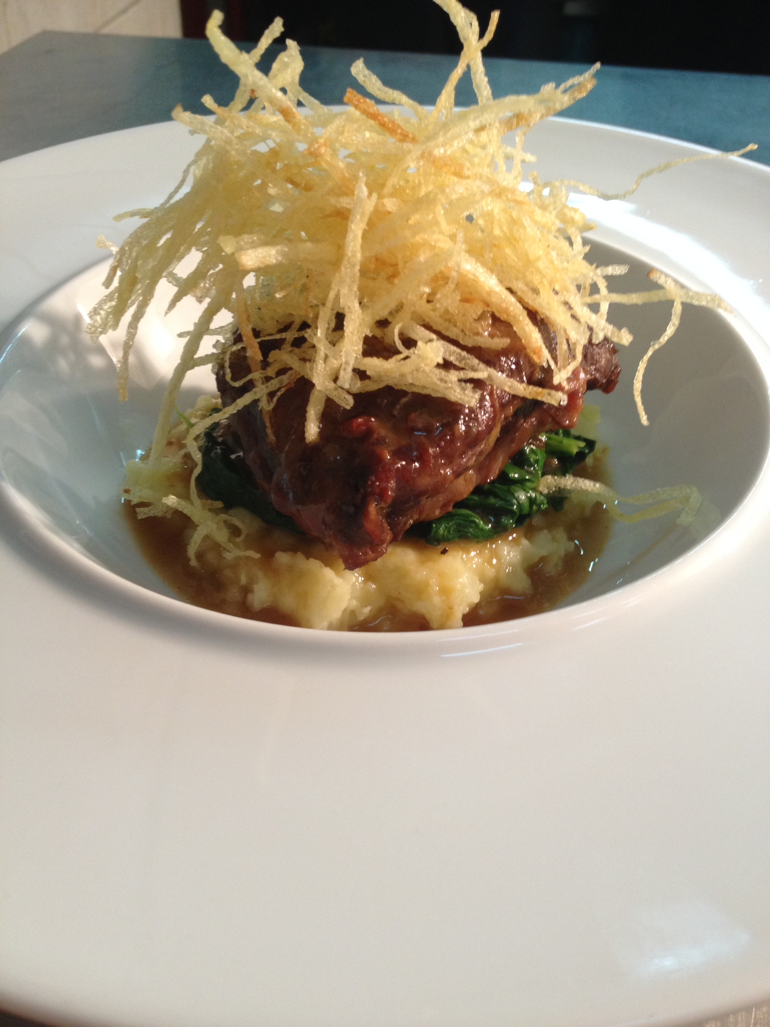 Braised beef cheeks with red wine, cardamon and lemongrass